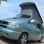 Camper beim VW-Bus-Treffen am Barracuda-Beach
